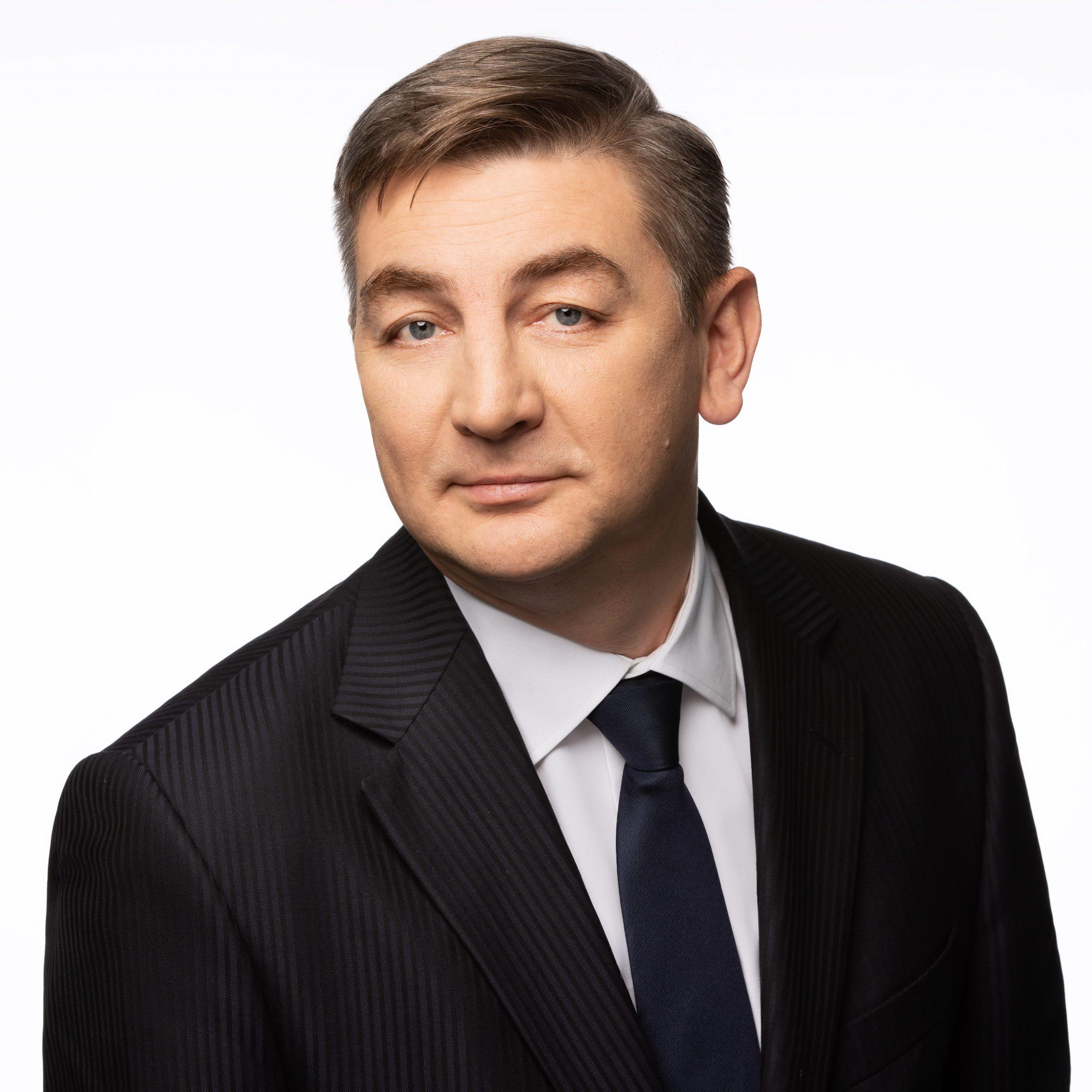 https://tundraadvisory.com/wp-content/uploads/2020/06/Mateusz-Toczyski-scaled.jpg